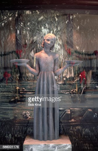 Bird girl statue from cover of midnight in the garden of good and evil stock photo getty images for Garden of good and evil statue