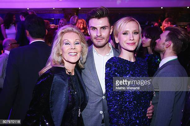 Birgit Bergen PaulHenry Duval Lisa Loch during the Lambertz Monday Night 2016 at Alter Wartesaal on February 1 2016 in Cologne Germany