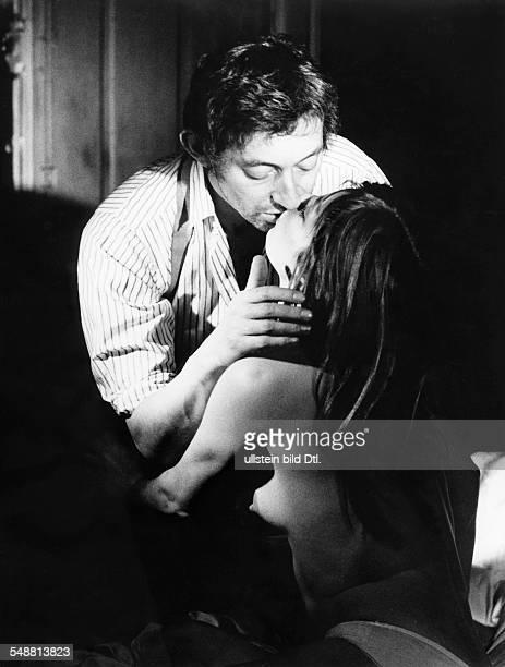 Birkin Jane * Schauspielerin Saengerin GB mit ihrem Lebensgefaehrten Serge Gainsbourg in dem Film 'Cannabis Engel des Boesen' 1969