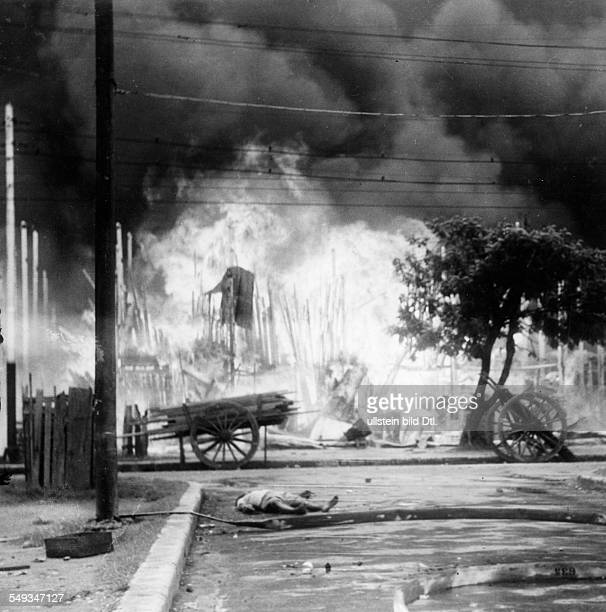 Birma Consequences of the colonial domination by the British Empire street riots 1939 Photographer Wolfgang Weber Published by 'Berliner Illustrirte...