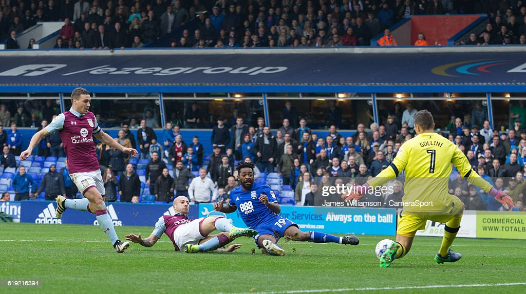 Birmingham City's Jacques Maghoma is denied by Aston Villa's Pierluigi Gollini during the Sky Bet Championship match between Birmingham City and Aston Villa at St Andrews (stadium) on October 30, 2016 in Birmingham, England.