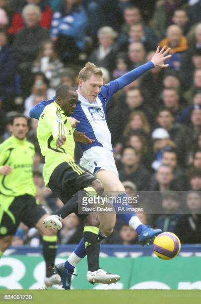 Birmingham City's Sebastian Larsson and Chelsea's Claude Makelele battle for the ball