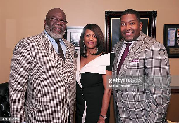 Bishop TD Jakes Pastor Dr E Dewey Smith Jr and wife attends EDS 10 Years of Pastoring and 25 Years of Preaching at Greater Traveler's Rest Baptist...