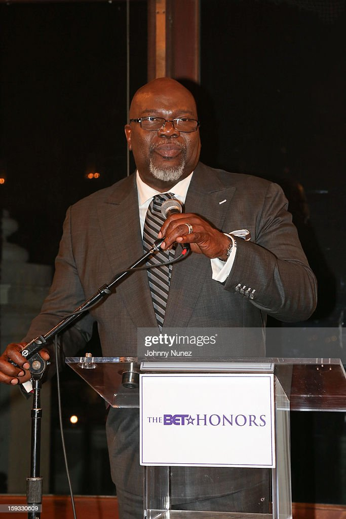 Bishop T.D. Jakes attends the 2013 Debra Lee Pre BET Honors Cocktails & Dinner at The Library of Congress on January 11, 2013 in Washington, DC.