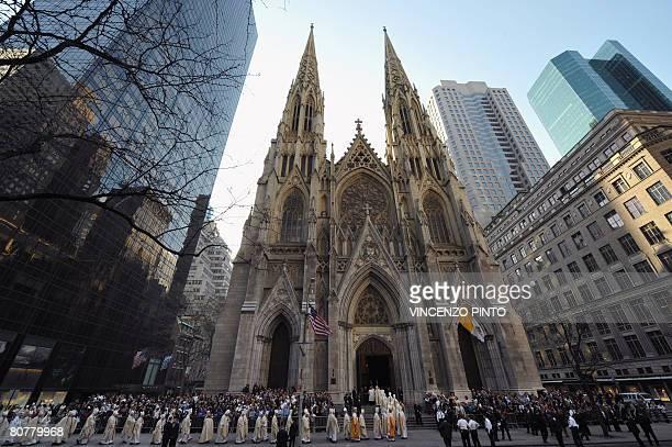 saint patrick 39 s kathedrale new york city stock fotos und bilder getty images. Black Bedroom Furniture Sets. Home Design Ideas