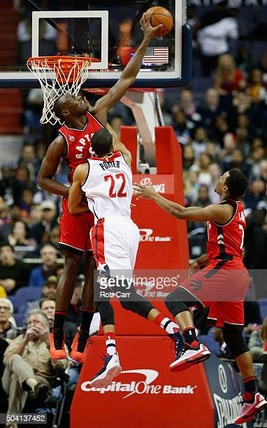Toronto Raptors Basketball Team Stock Photos and Pictures ...