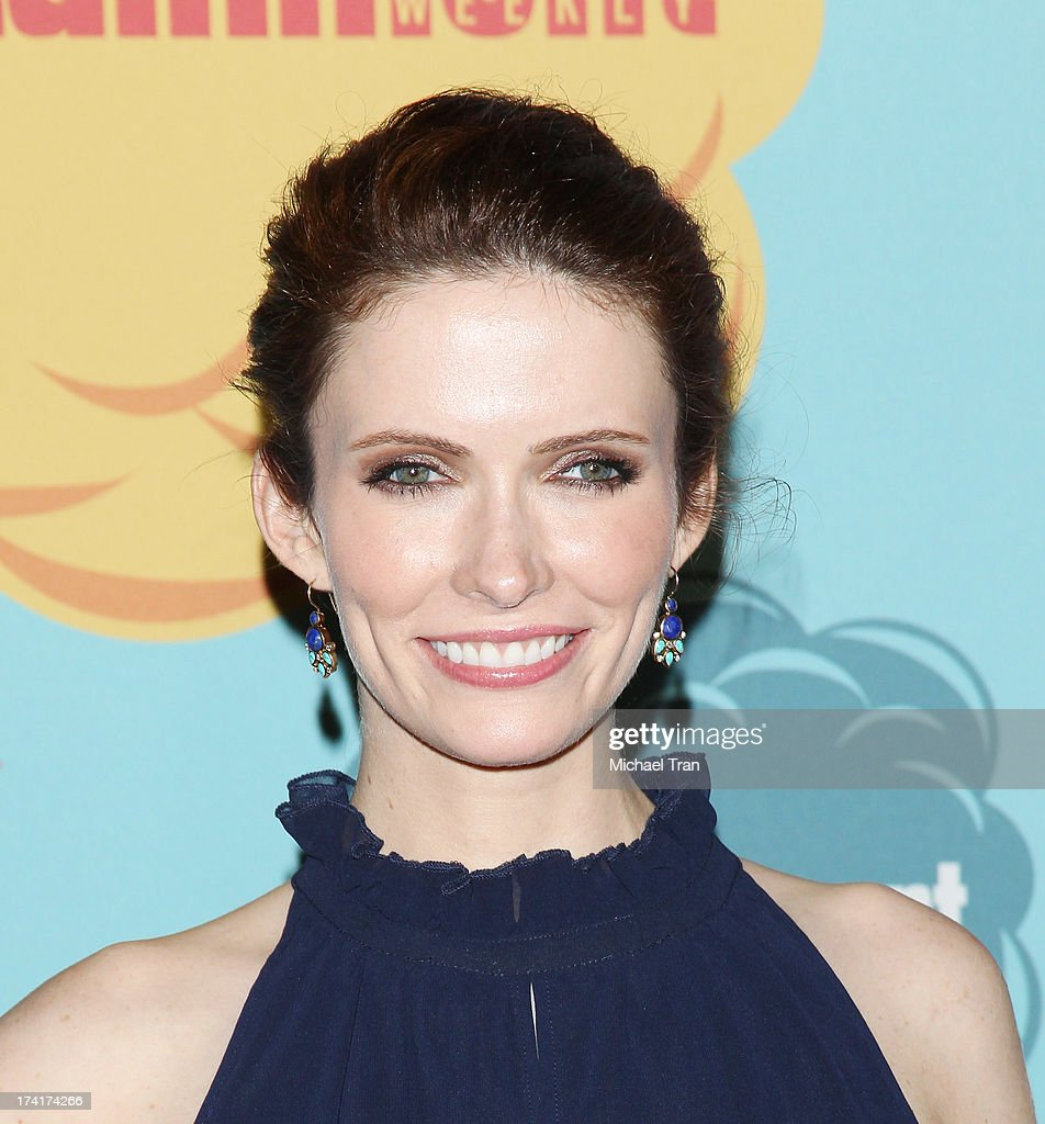 <a gi-track='captionPersonalityLinkClicked' href=/galleries/search?phrase=Bitsie+Tulloch&family=editorial&specificpeople=4616199 ng-click='$event.stopPropagation()'>Bitsie Tulloch</a> arrives at the Entertainment Weekly's Annual Comic-Con celebration held at Float at Hard Rock Hotel San Diego on July 20, 2013 in San Diego, California.