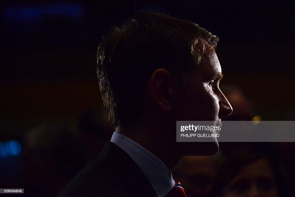Bjoern Hoecke, parliamentary party leader of the AFD in Thuringia is pictured during an interview during a party congress of the German right wing party AfD (Alternative fuer Deutschland) at the Stuttgart Congress Centre ICS on April 30, 2016 in Stuttgart, southern Germany. The Alternative for Germany (AfD) party is meeting in the western city of Stuttgart, where it is expected to adopt an anti-Islamic manifesto, emboldened by the rise of European anti-migrant groups like Austria's Freedom Party. / AFP / Philipp GUELLAND