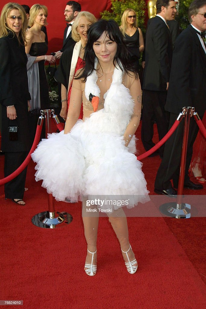 Bjork at the arrivals at the 73rd Annual Academy Awards at Shrine Auditorium in Los Angeles, California.