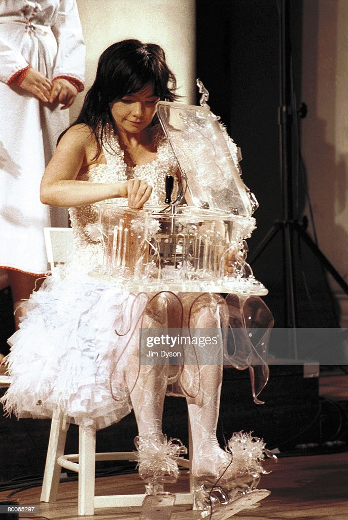 Bjork performs at St John's Church in Westminster, on August 29, 2001 in London.