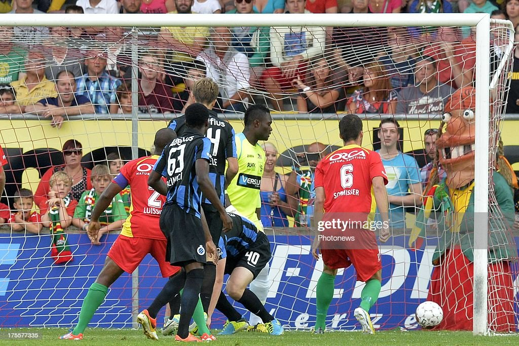 Bjorn Engels of Club Brugge scores the opening goal during the Jupiler Pro League match between KV Oostende and Club Brugge KV on August 4, 2013 in Oostende, Belgium. (Photo by Peter De Voecht/Photonews