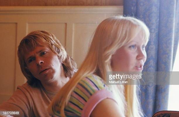 Bjorn Ulvaeus and Agnetha Faltskog his wife smiling at home