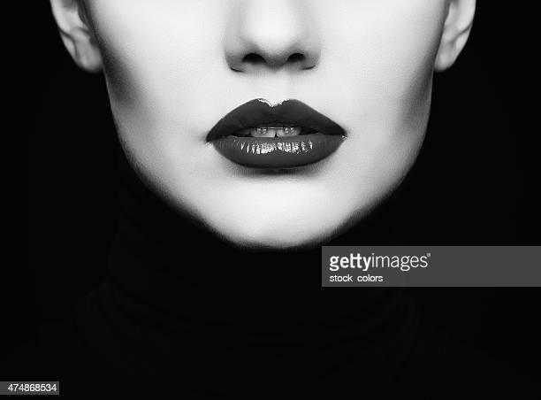 Noir et blanc les lèvres