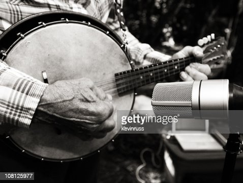 Black and White Photo of a Banjo