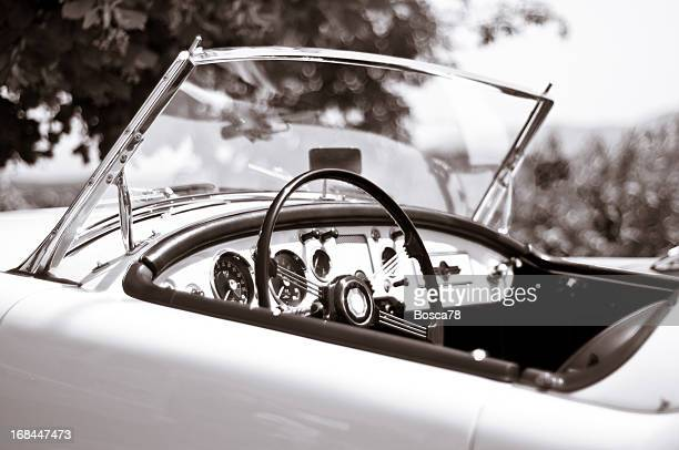 voiture ancienne noir et blanc photos et images de collection getty images. Black Bedroom Furniture Sets. Home Design Ideas