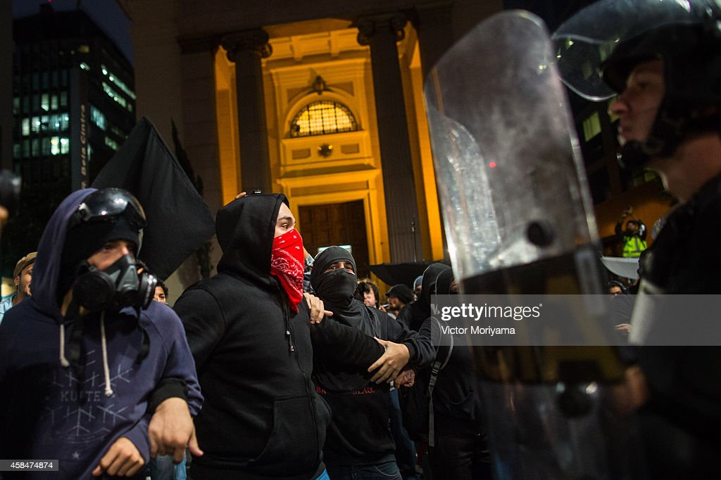 Black Bloc demonstrators protest against the lack of water that is affecting the entire state of Sao Paulo and against mismanagement of water...