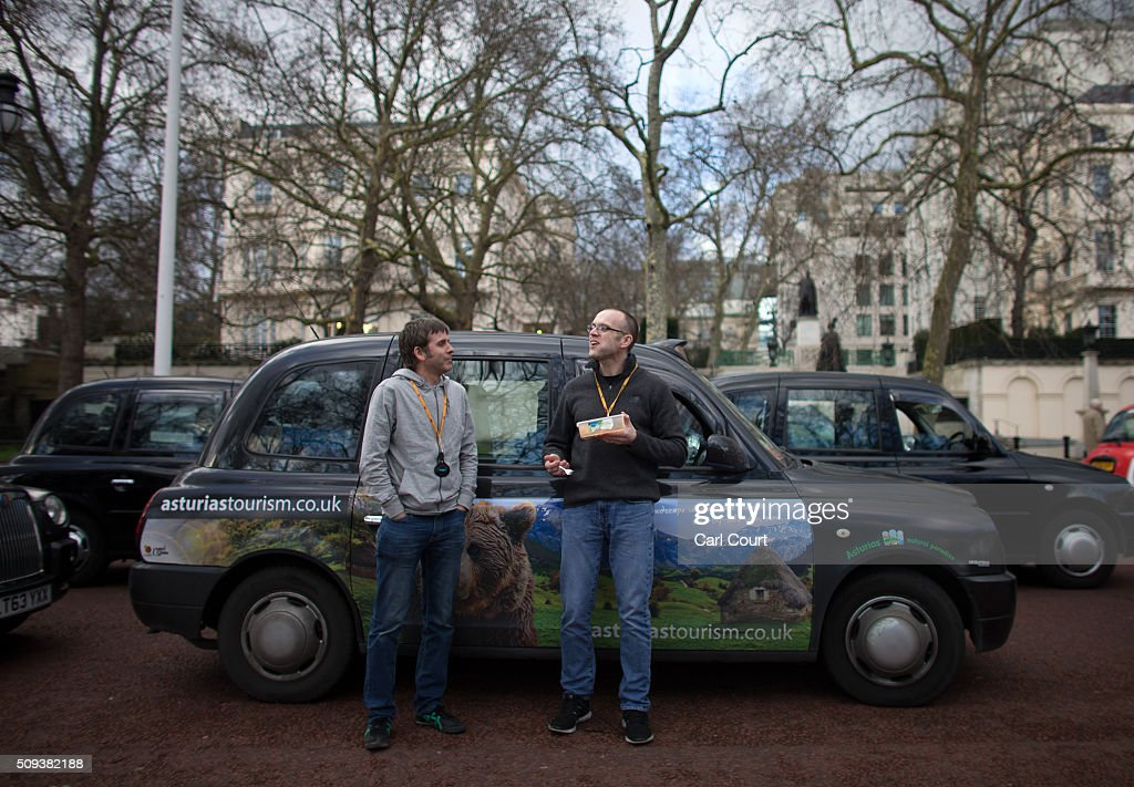 Black cab drivers take part in a strike to protest against Uber on February 10, 2016 in London, England. Drivers are claiming that Uber is not subjected to the same stringent regulation requirements as they are and that deregulation of the trade has compromised passenger safety.