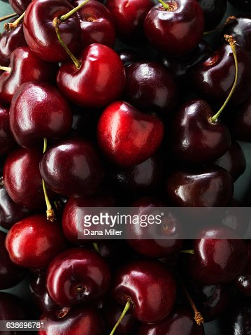Black cherries : Stockfoto