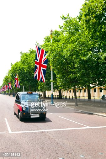 Black London cab : Stock Photo