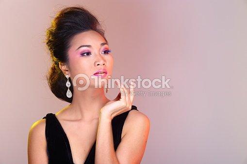 Black Open Shoulders Evening Gown Ball Dress In Asian Beautiful