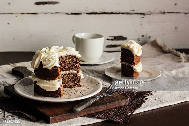 Black tea cake with honey buttercream
