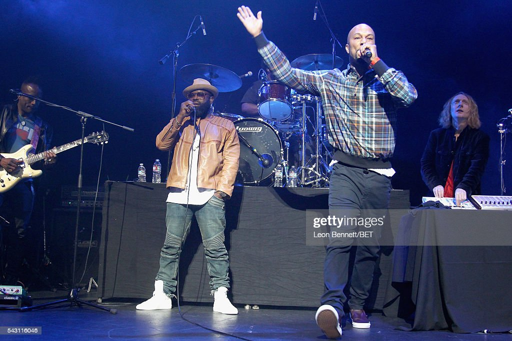 MC Black Thought (L) of The Roots and recording artist Common perform onstage during The Novo Late Night concert during the 2016 BET Experience on June 25, 2016 in Los Angeles, California.