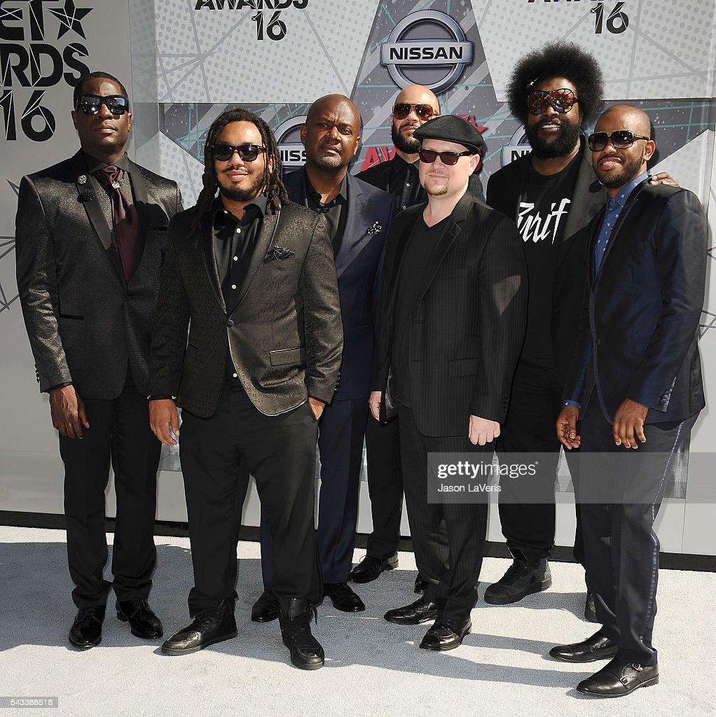 <a gi-track='captionPersonalityLinkClicked' href=/galleries/search?phrase=Black+Thought&family=editorial&specificpeople=228555 ng-click='$event.stopPropagation()'>Black Thought</a>, <a gi-track='captionPersonalityLinkClicked' href=/galleries/search?phrase=Questlove&family=editorial&specificpeople=537550 ng-click='$event.stopPropagation()'>Questlove</a>, Kamal Gray, Frank 'Knuckles' Walker, Damon 'Tuba Gooding Jr.', Bryson, James Poyser and Mark Kelley The Roots attend the 2016 BET Awards at Microsoft Theater on June 26, 2016 in Los Angeles, California.