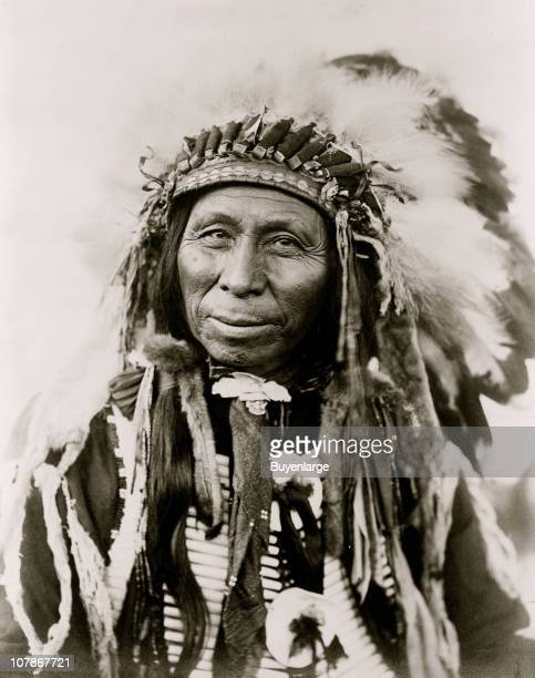 Black Thunder Sioux Indian headandshoulders portrait facing slightly left 1908