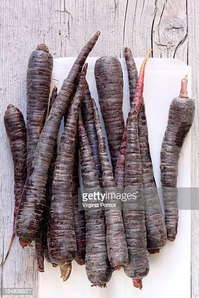 black violet carrots