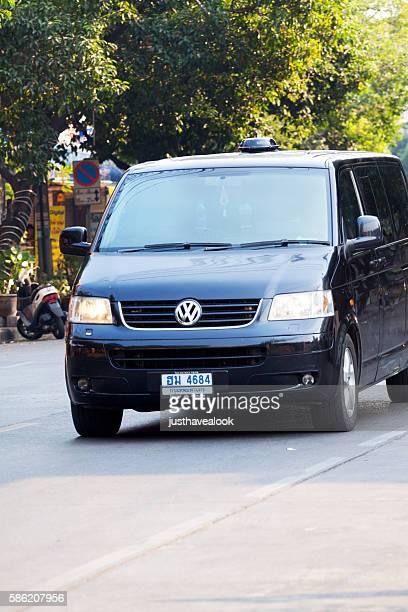 Black VW Multivan