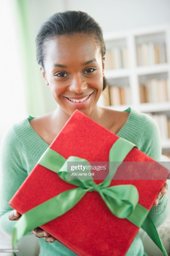 black single women in christmas Worlds largest free african-american online community where black women and black men meet to chat, discuss and engage on what matters to us now with jobs, news, dating, games and photos.