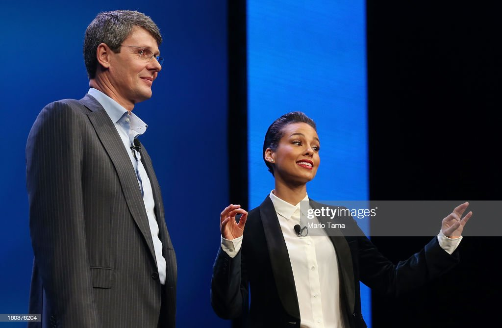 BlackBerry President and Chief Executive Officer Thorsten Heins (L) stands with new BlackBerry Global Creative Director <a gi-track='captionPersonalityLinkClicked' href=/galleries/search?phrase=Alicia+Keys&family=editorial&specificpeople=169877 ng-click='$event.stopPropagation()'>Alicia Keys</a> at the BlackBerry 10 launch event at Pier 36 in Manhattan on January 30, 2013 in New York City. The new smartphone and mobile operating system is being launched simultaneously in six cities.