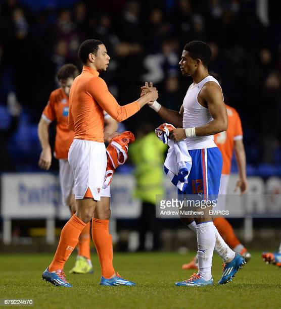 Blackpool's Nathan Tyson and Reading's Garath McCleary swap shirts after the final whistle