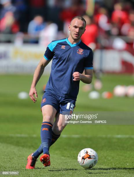 Blackpool's Tom Aldred during practice before the game