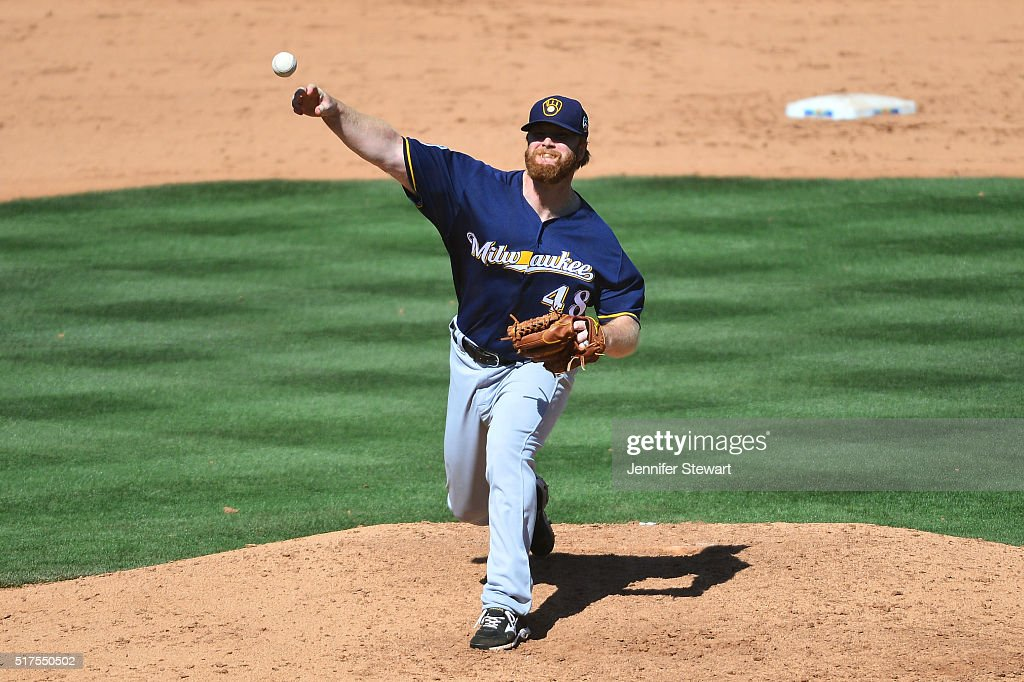<a gi-track='captionPersonalityLinkClicked' href=/galleries/search?phrase=Blaine+Boyer&family=editorial&specificpeople=836412 ng-click='$event.stopPropagation()'>Blaine Boyer</a> #40 of the Milwaukee Brewers delivers a pitch against the Chicago Cubs in the sixth inning during the spring training game at Sloan Park on March 25, 2016 in Mesa, Arizona.