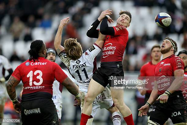 Blair Connor of Union Bordeaux Begles and James O'Connor of RC Toulon battle for the ball during the Top 14 rugby match between Union Bordeaux Begles...