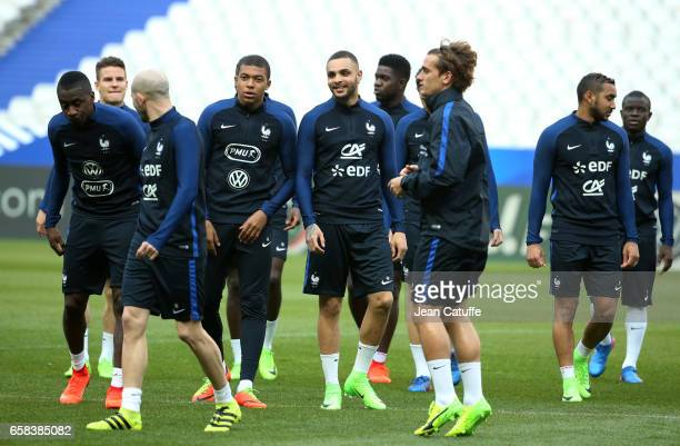 Blaise Matuidi Kylian Mbappe Layvin Kurzawa Antoine Griezmann Dimitri Payet N'Golo Kante of France during the training session on the eve of the...