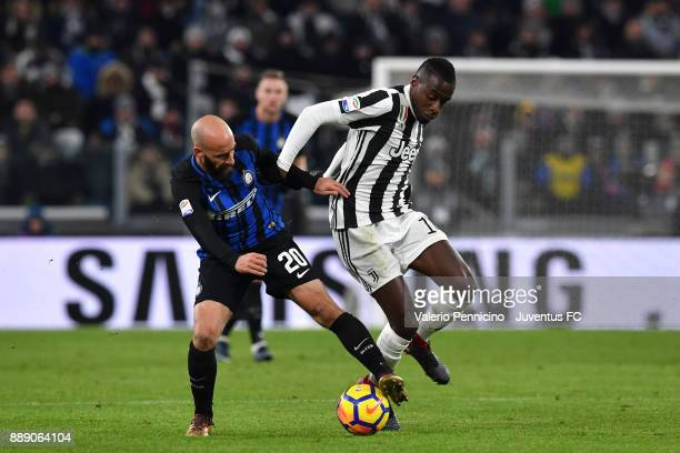 Blaise Matuidi of Juventus and Borja Valero of FC Internazionale compete for the ball during the Serie A match between Juventus and FC Internazionale...