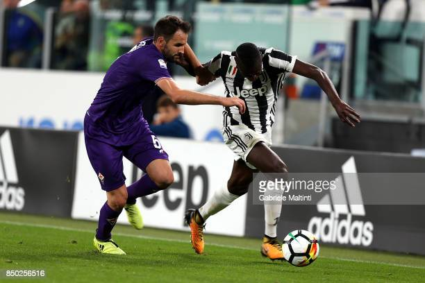 Blaise Matuidi of Juventus battles for the ball with German Pezzella of ACF Fiorentina during the Serie A match between Juventus and ACF Fiorentina...