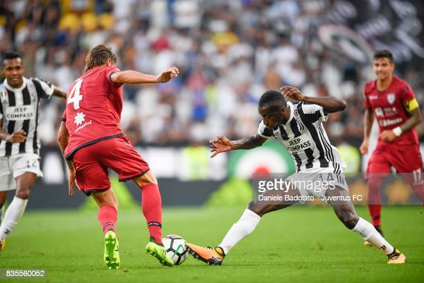Blaise Matuidi of Juventus competes for the ball with Daniele Dessena of Cagliari during the Serie A match between Juventus and Cagliari Calcio at...