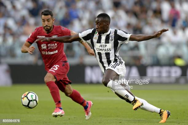 Blaise Matuidi of Juventus competes for the ball with Marco Sau of Cagliari during the Serie A match between Juventus and Cagliari Calcio at Allianz...