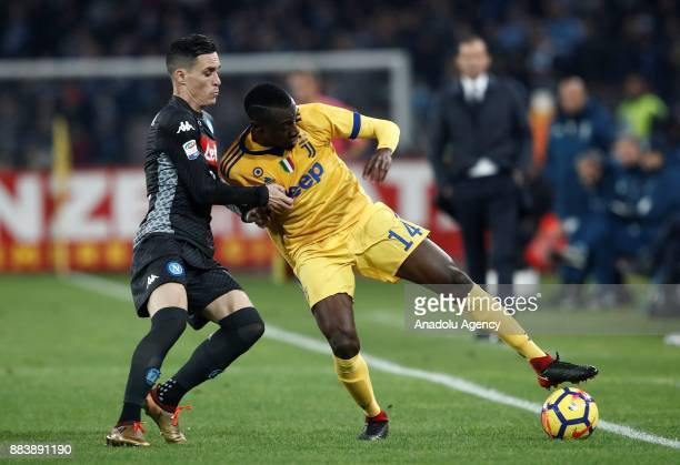 Blaise Matuidi of Juventus in action against Jose' Callejon of SSC Napoli during the Serie A football match between SSC Napoli and FC Juventus at the...
