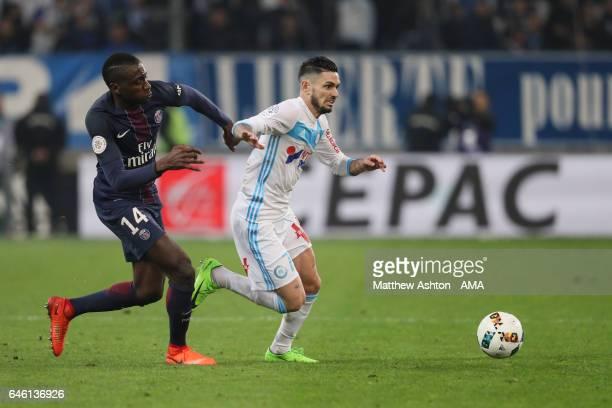 Blaise Matuidi of Paris St Germain and Remy Cabella of Olympique de Marseille during the French Ligue 1 match Marseille and Paris Saint Germain at...