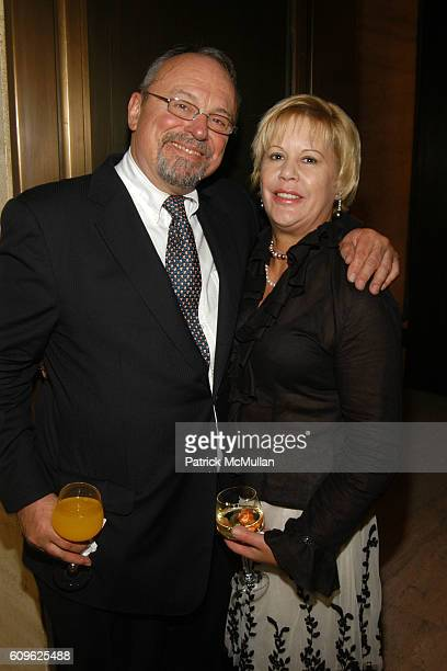 Blake and Brenda Potter attend MARIAN GOODMAN GALLERY Thirtieth Anniversary Dinner at Four Seasons Restaurant on September 10 2007 in New York City