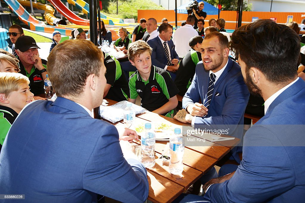 Blake Ferguson of the Blues talks and eats lunch with young rugby league players during a New South Wales Blues NRL State of Origin Welcome Session at The Big Banana on May 24, 2016 in Coffs Harbour, Australia.