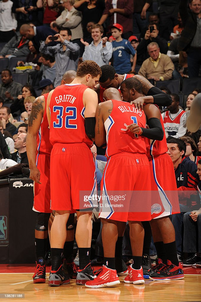 <a gi-track='captionPersonalityLinkClicked' href=/galleries/search?phrase=Blake+Griffin+-+Basketball+Player&family=editorial&specificpeople=4216010 ng-click='$event.stopPropagation()'>Blake Griffin</a> #32 and <a gi-track='captionPersonalityLinkClicked' href=/galleries/search?phrase=Chauncey+Billups&family=editorial&specificpeople=201508 ng-click='$event.stopPropagation()'>Chauncey Billups</a> #1 of the Los Angeles Clippers talk during a huddle against the Washington Wizards during the game at the Verizon Center on February 4, 2012 in Washington, DC.