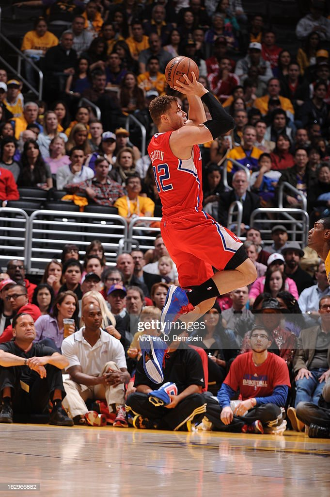 <a gi-track='captionPersonalityLinkClicked' href=/galleries/search?phrase=Blake+Griffin+-+Basketball+Player&family=editorial&specificpeople=4216010 ng-click='$event.stopPropagation()'>Blake Griffin</a> #32 of the Los Angeles Clippers attempts a shot against the Los Angeles Lakers at Staples Center on February 14, 2013 in Los Angeles, California.