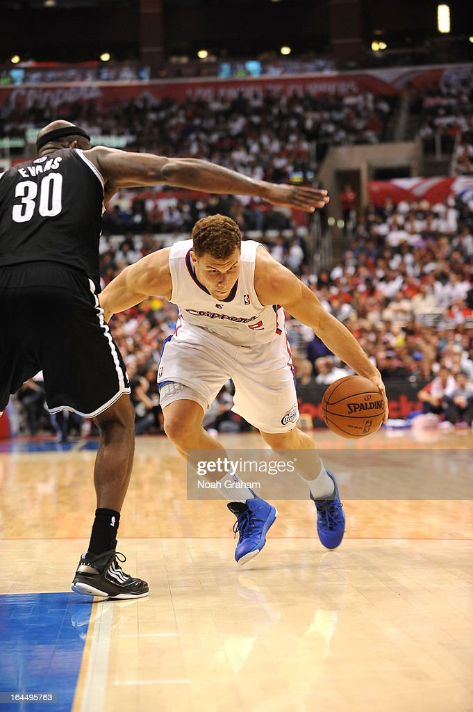 Blake Griffin #32 of the Los Angeles Clippers drives low during the game between the Los Angeles Clippers and the Brooklyn Nets at Staples Center on March 23, 2013 in Los Angeles, California.
