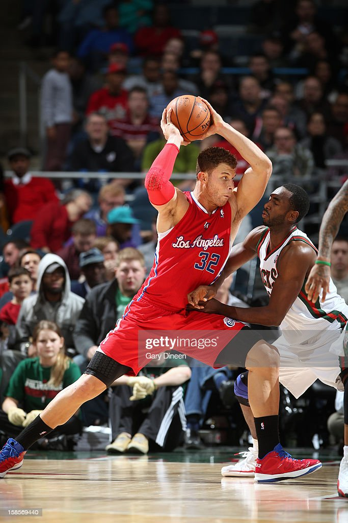 <a gi-track='captionPersonalityLinkClicked' href=/galleries/search?phrase=Blake+Griffin+-+Basketball+Player&family=editorial&specificpeople=4216010 ng-click='$event.stopPropagation()'>Blake Griffin</a> #32 of the Los Angeles Clippers drives to the basket against the Milwaukee Bucks on December 15, 2012 at the BMO Harris Bradley Center in Milwaukee, Wisconsin.
