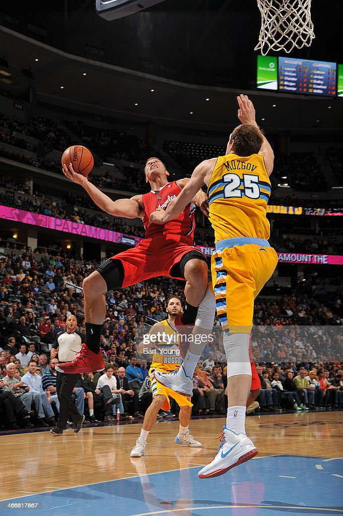 <a gi-track='captionPersonalityLinkClicked' href=/galleries/search?phrase=Blake+Griffin+-+Basketball+Player&family=editorial&specificpeople=4216010 ng-click='$event.stopPropagation()'>Blake Griffin</a> #32 of the Los Angeles Clippers drives to the basket against the Denver Nuggets on February 3, 2014 at the Pepsi Center in Denver, Colorado.